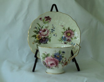 Vintage Aynsley Teacup/tea cup Made in England Fine Bone China