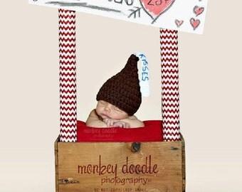 Newborn Kiss Hat Ready to Ship