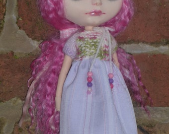 Blythe  SALE Cute Dress & Hat  (BD75014)