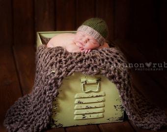 Newborn Hunter Green Baby Beanie with Light Tan Brim, Wool/Alpaca Blend Luxury Yarn, Photo Prop