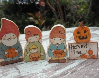 Wooden Toy Set- Harvest Time Gnome Family-Harvest Sign-Pumpkin- Waldorf Inspired