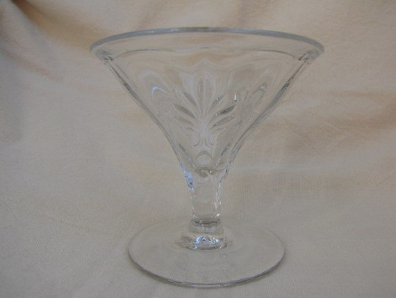Fostoria vintage baroque sherbet clear glass for Clear baroque glass