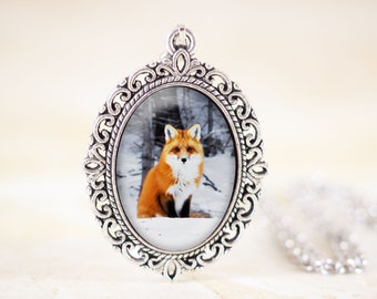 Silver Fox Necklace - Woodland Jewelry, Fox Animal Necklace, Wildlife Photography, Nature Necklace, Red Fox Pendant, Sitting Fox Jewelry