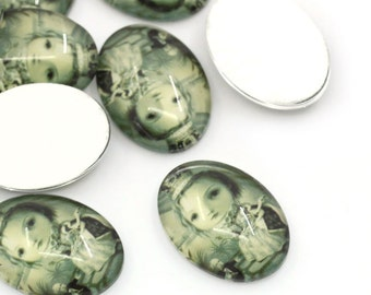 4 VINTAGE PRINCESS Oval Glass Dome Seals Cabochons, 18mm x 13mm  cab0161