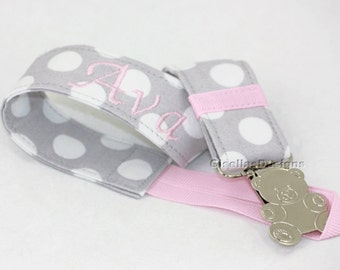 Custom made Pacifier Clip / Personalized pacifier clip/ baby pacifier clip/ baby shower gifts/ pink pacifier clip