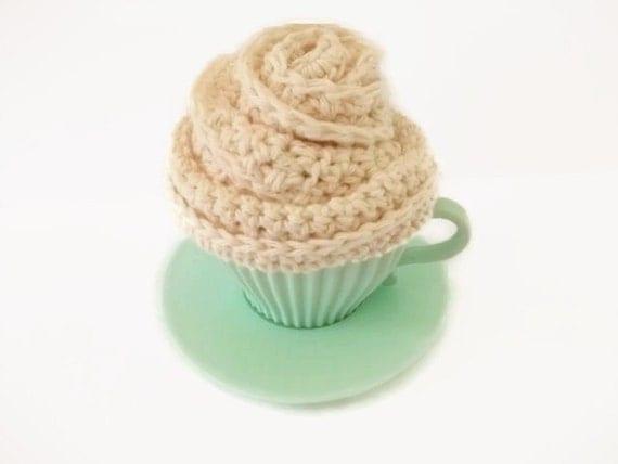 Cupcake/Flower Cotton Wash Set. Crocheted in Cream. Bathroom Accessories, House Warming Gift Set,