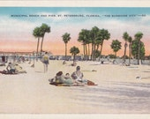 Municipal Beach and Pier, St. Petersburg, Florida  - Vintage Linen Postcard - Unused