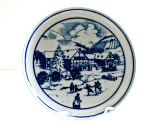 Vintage Christmas Plate by Hutschenreuther