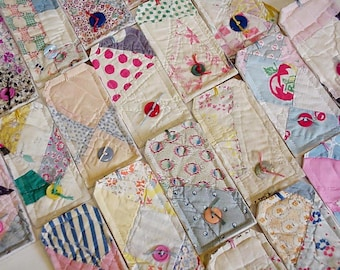 Patchwork Quilted Tags, Unique Vintage Feedsack Large Fabric Gift Wrap Tags, Place Setting Cards, Package Labels, set of 10 itsyourcountry