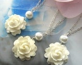 SET of 6 pcs White rose pearl necklace, bridesmaids necklace, wedding jewelry - WN-G10 (Choose your pearl colour)