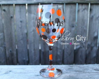 Cleveland Browns Personalized Wine Glass 20 oz Christmas, Sports, Holidays,