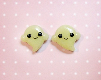 Kawaii Ghosties - Glow in the dark - Halloween - Handmade stud earrings