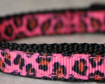 """Leopard Print Hot Pink 3/8"""" Adjustable Dog Collar"""