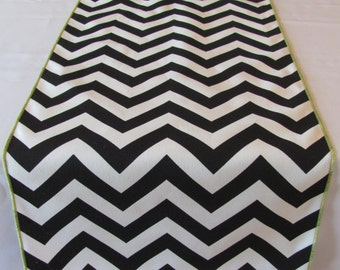 "Black And White Chevron Table Runner 11"" x 72"" - GREEN EDGE - Great for Easter"