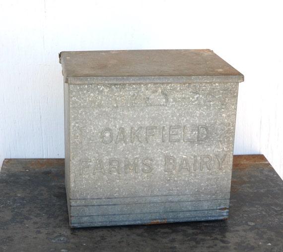 vintage milk box galvanized home delivery new york. Black Bedroom Furniture Sets. Home Design Ideas