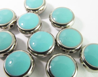 16 Vintage 10mm Turquoise Blue Epoxy Beads Bd874