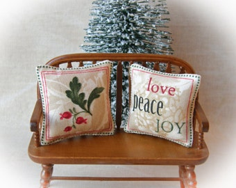 Dollhouse Miniature Holiday, Christmas decorator pillow - 1:12 scale, Christmas miniature