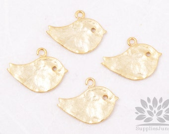 P001-EM-MG// Matte Gold Plated Textured Tree Sparrow Pendant, 4 Pc