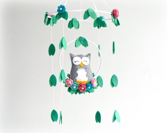 Owl mobile - Woodland - baby mobile - nursery decor - pink, blue, grey, green, white - felt roses - MADE TO ORDER