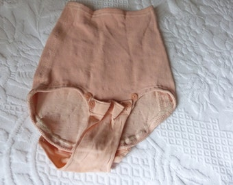 Vintage French peach bloomers panties shapewear lolita lingerie retro lingerie vintage high waist panties, pin up lolita steampunk clothing