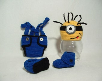 Adorable Minion Outfit Diapercover or Shorts with Booties Perfect Gift for Baby Shower Photo Prop  0 - 3 m