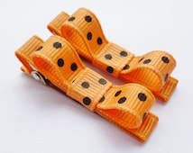 orange and black polka dot hair bows--fall halloween hair bows for infant baby toddler girls--small clip barrettes