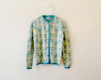 Mint Condition Wool Cardigan /  1960s Sweater / Novelty Print / Floral Butterflies / Blue / Medium / Pinup Girl Sweater