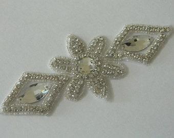 Pearl And Rhinestone Applique  Crystal Applique Model:DSCN2345