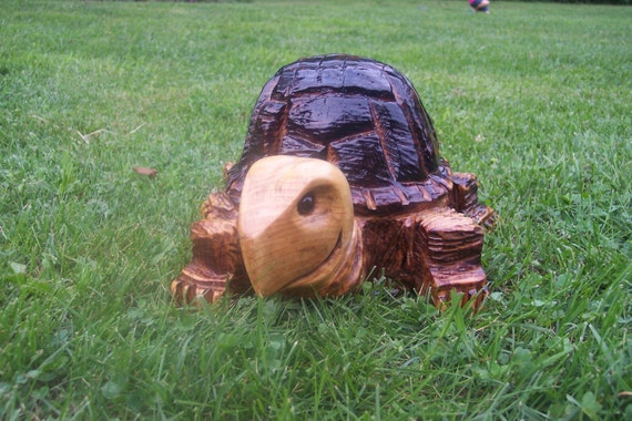 Chainsaw carving carved turtle by