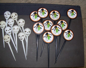 Vintage Lot Of Halloween CupCake Toppers - Skulls and Witches