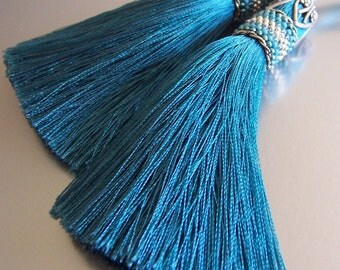 Teal tassel with beaded cuff