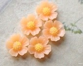11 mm Peach Colour Little Resin Flower Cabochons  (.s)
