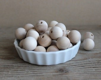 20 mm wooden beads set of 25 natural wood round beads for making jewelry crafting