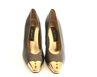 J. Renee - Green and Gold Tipped Leather Heels - Size 7.5