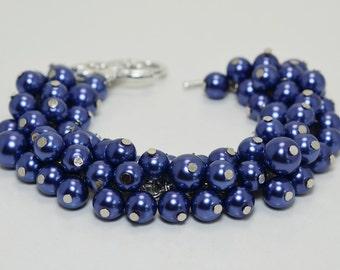Navy Pearl Bracelet, Blue Chunky Bracelet, Bridal Jewelry, Wedding Jewelry, Bridesmaids Gift, Navy Chunky Bracelet, Pearl Cluster Bracelet.