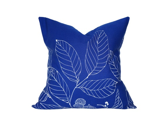 """18"""" x 18"""" Designer Pillow Cover / Decorative Throw Pillow / Accent Cushion Cover / Pillow Case (Blue Leaves)"""