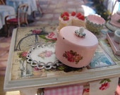 Dollhouse Miniature Shabby Chic Vintage Style Pink Cake Box Cake Carrier