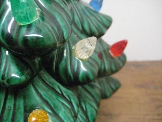Vintage Atlantic Mold Lighted Ceramic Christmas Tree // Green