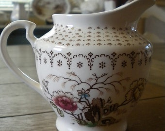 Vintage Nasco Chathum  Creamer // Hand Painted