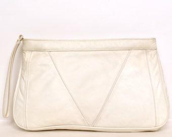 Vintage 80s White Leather Clutch Vtg White Leather Purse Chevron Stripes Wristlet