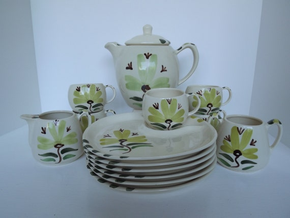 Retro Purinton Slip Ware, 4 Piece Collection, Hand Painted, Chartreuse Collection,  Table Top Wear, Circa 1940