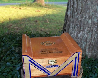 Maximus Cigar Box Diamond Crown Brand Top Shelf Wooden Chest In Shape Of An M Five In Stock Now