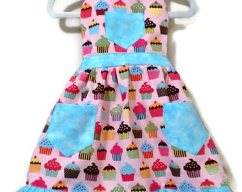 Last One, Cupcake Apron, Retro Style Apron, Children's Apron, Toddler Apron, Girls Apron, Baking Apron, Kids Apron, Little Girls Apron