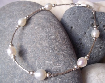 White Freshwater Pearl and Sterling Silver handmade bracelet