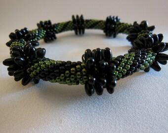 Bead Crochet Bangle:  Chunky Rizo