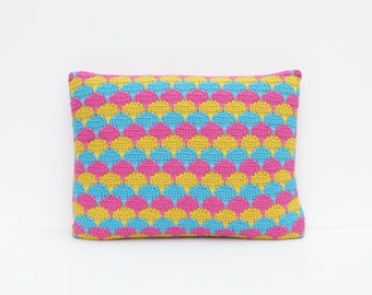 Rectangle scalloped crochet pillow/cushion