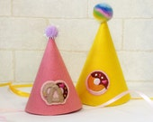 Pretzel and Donut Felt Party Hat For Dogs