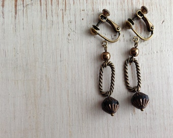 Black Bronze with Twisted Rings Clip On Earrings, Dangle Clip Earring, Screw Back Clip on, Black Earrings, Non Pierced