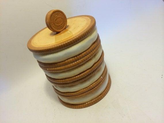 Cookie Shaped Ceramic Oreo Cookie Jar White Vanilla Cookie
