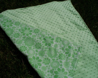 "30"" x 30"" Baby Blanket in Light Green and White floral print Minky Type Fleece"